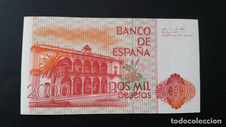 Medallas históricas: ESPAÑA - BILLETE - 2000 PESETAS 1980 ( SERIE A ) SC UNC ( T040 ) - Foto 2 - 154400914