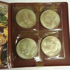 Medallas históricas: MEDALLAS. CARTERA DEL VATICANO CON 4 MEDALLAS DISTINTAS. COLECCIÓN DE PAPAS .. Lote 159642110