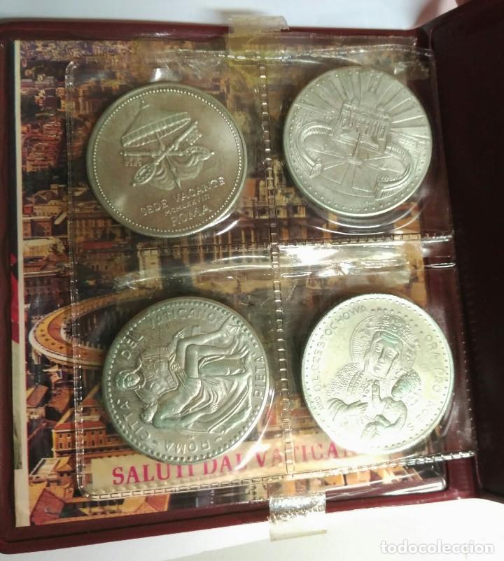 Medallas históricas: Medallas. Cartera del Vaticano con 4 medallas distintas. Colección de Papas . - Foto 3 - 159642110