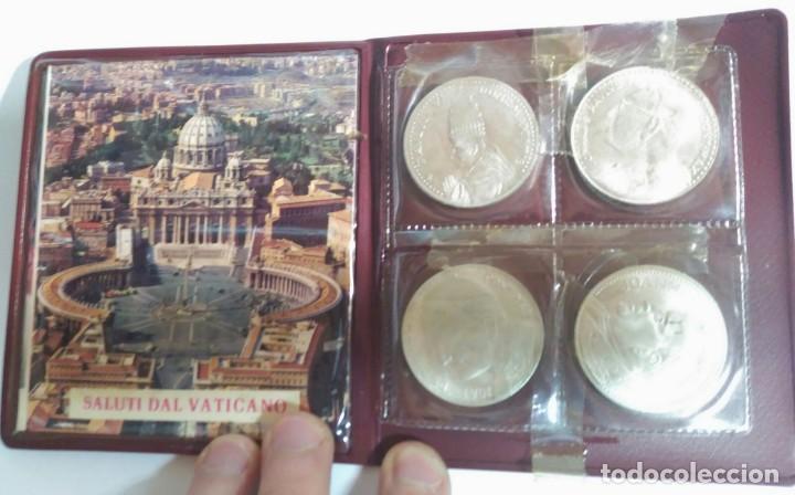 Medallas históricas: Medallas. Cartera del Vaticano con 4 medallas distintas. Colección de Papas . - Foto 4 - 159642110