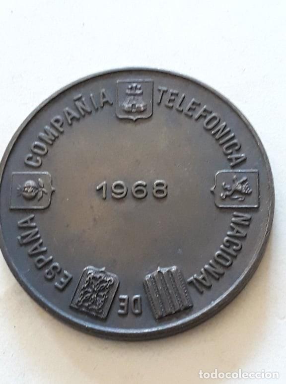Medallas históricas: Medalla. Compañía telefónica nacional de españa. 1968. Per pontum tutum iter. - Foto 2 - 159765458