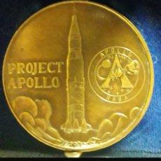 Medallas históricas: MEDALLA CONMEMORATIVA APOLO 16. Lote 159861085