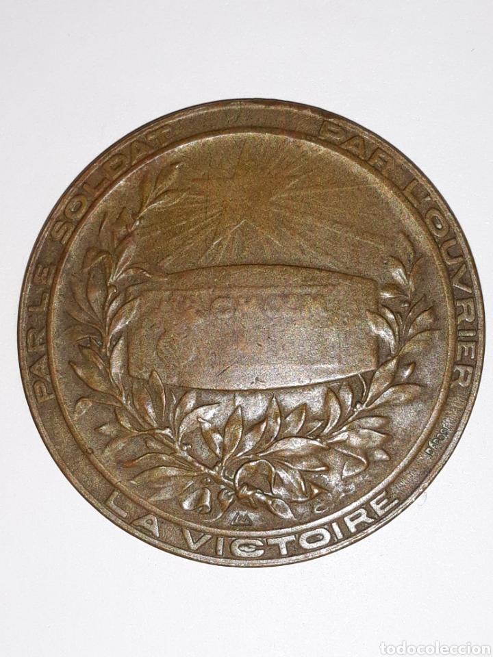 Medallas históricas: ww1 medalla en bronce .Aux poilus Dusine.Francia - Foto 2 - 160260316