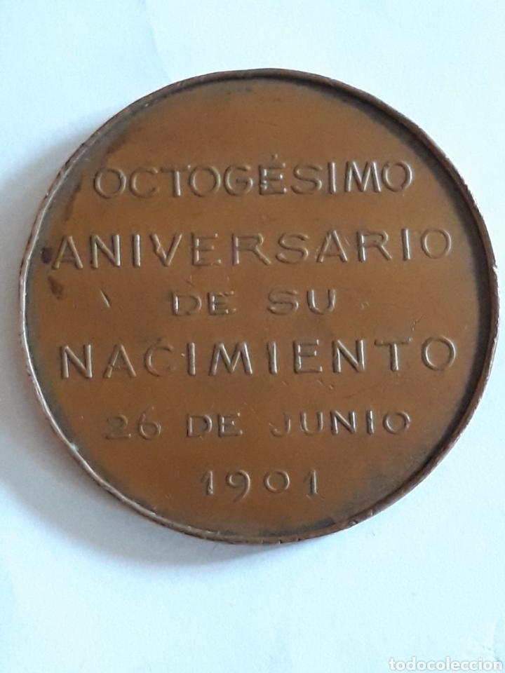 Medallas históricas: medalla del octogesimo aniversario del nacimiento de Bartolome Mitre 29 junio 1901 - Foto 2 - 160369538