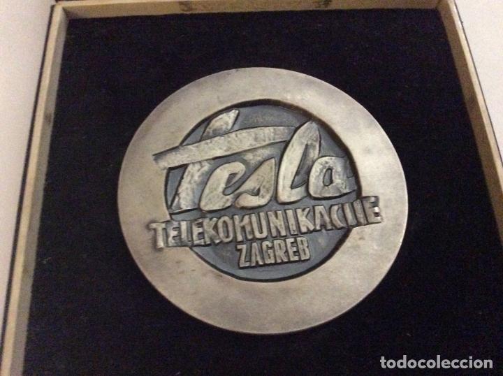 Medallas históricas: Medalla Tesla Telekomunikacije Zagreb con su caja - Foto 3 - 166732310