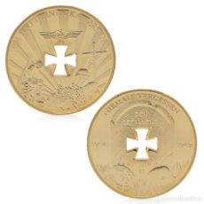 Medallas históricas: MONEDA DORADA CONMEMORACIÓN A LOS CAÍDOS EN GUERRA. Lote 218981745