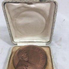 Medallas históricas: MEDALLA DE MANO EN SU ESTUCHE CONMEMORATIVA T. DVRAN 1915 BUEN ESTADO. Lote 171845299
