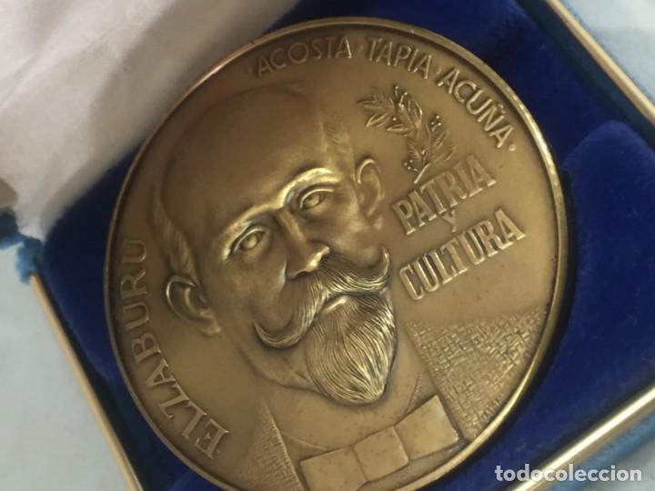 Medallas históricas: Medalla conmemorativa Centenario Ateneo Puertorriqueño 1876 1976 Acosta Tapia Acuña Elzaburu estuche - Foto 3 - 171847904