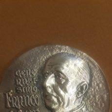 Medallas históricas: MONEDA MEDALLA CONMEMORATIVA FRANCISCO FRANCO. Lote 172352313