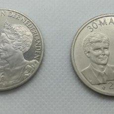 Medallas históricas: 2 MEDALLAS CONMEMORATIVAS DE PAÍSES BAJOS, HOLANDA. Lote 173128905