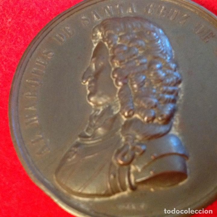 Medallas históricas: Medalla de bronce del 2 centenario del nacimiento del marqués de Santa Cruz de Marcenado, 1884 - Foto 7 - 173406064