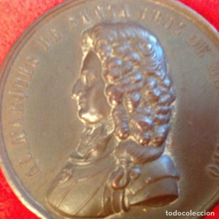 Medallas históricas: Medalla de bronce del 2 centenario del nacimiento del marqués de Santa Cruz de Marcenado, 1884 - Foto 8 - 173406064