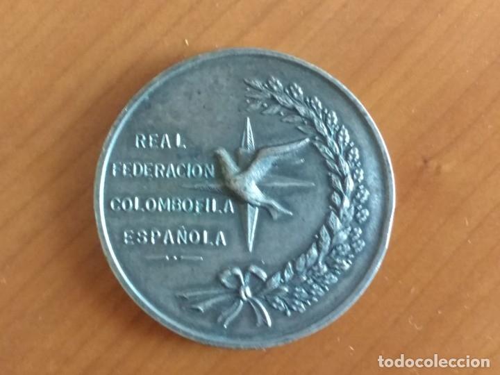 MEDALLA CONMEMORATIVA DEL 75 ANIVERSARIO DE LA REAL FEDERACIÓN COLOMBÓFILA ESPAÑOLA (1969) (Numismática - Medallería - Histórica)