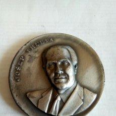 Medallas históricas: MEDALLA JOSEP TRUETA. Lote 174508854