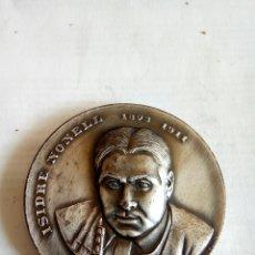 Medallas históricas: MEDALLA ISIDRE NONELL. Lote 174509125