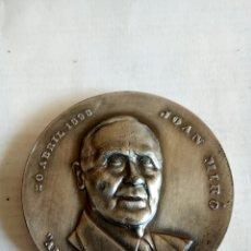 Medallas históricas: MEDALLA JOAN MIRO. Lote 174509378