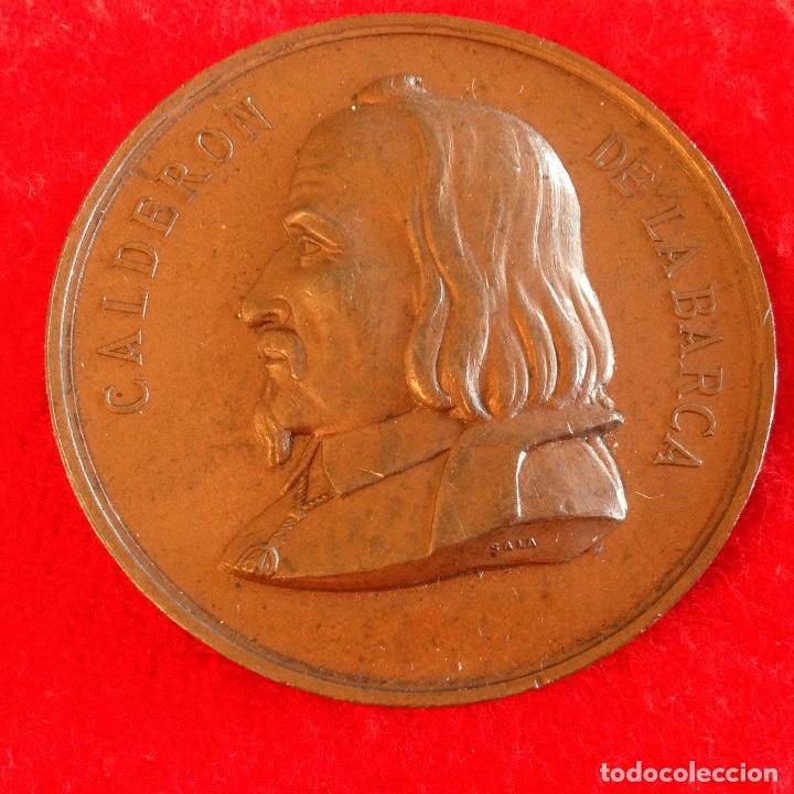 MEDALLA DE BRONCE DEL CENTENARIO DE CALDERÓN DE LA BARCA, MAYO DE 1881, MEDIDA 5 CM. PRECIOSA PATINA (Numismática - Medallería - Histórica)