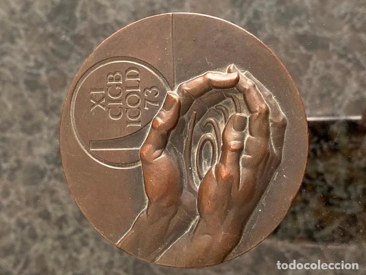 Medallas históricas: MEDALLA DE BRONCE DE FERNANDO DE JESUS , DRAGADOS Y CONSTRUCCIONES , MADRID , 1973 - Foto 2 - 180465247