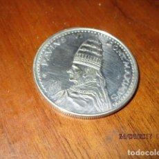 Medallas históricas: MEDALLA PABLO VI PAULUS VI AÑO SANTO 1975 ROMA ITALIA. Lote 187664697