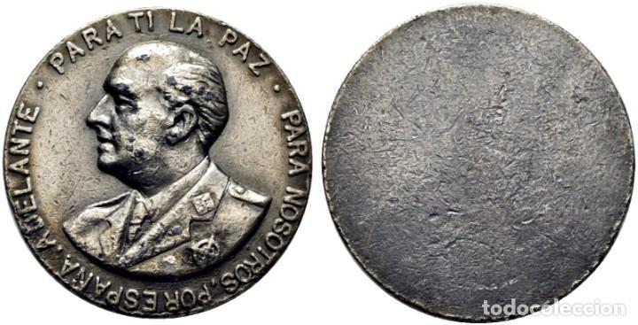 1975. FRANCISCO FRANCO. METAL BLANCO UNIFAZ. ANÓNIMA. 53´0 G. 48´5 MM. MBC+. RARA (Numismática - Medallería - Histórica)