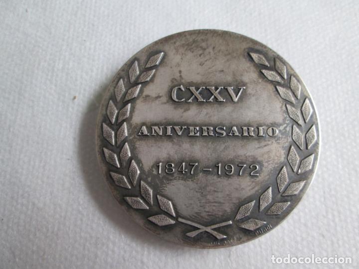 Medallas históricas: Medalla Circulo del Liceo Barcelona, CXXV Aniversario 1847-1972, Plata de Ley. - Foto 3 - 190587813