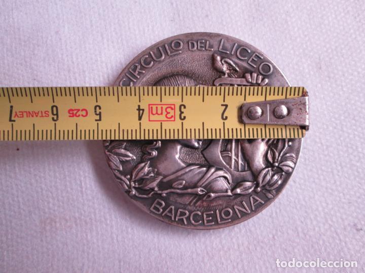 Medallas históricas: Medalla Circulo del Liceo Barcelona, CXXV Aniversario 1847-1972, Plata de Ley. - Foto 7 - 190587813
