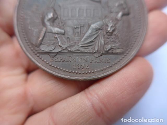 Medallas históricas: * Antigua medalla de mano de españa en paris, 1878, francia. original. ZX - Foto 2 - 191375447