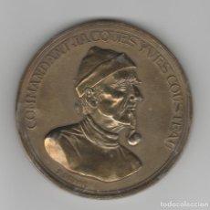 Medallas históricas: MEDALLA FRANCESA-COMMANDANT JACQUES YVES COUSTEAU. Lote 192094791