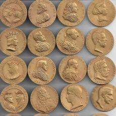 Medallas históricas: GRAN ESTUCHE CON 24 GRANDES MEDALLAS CON UN GRAN RELIEVEDE LOS REYES DE ESPAÑA-C.CALICO. Lote 193825977