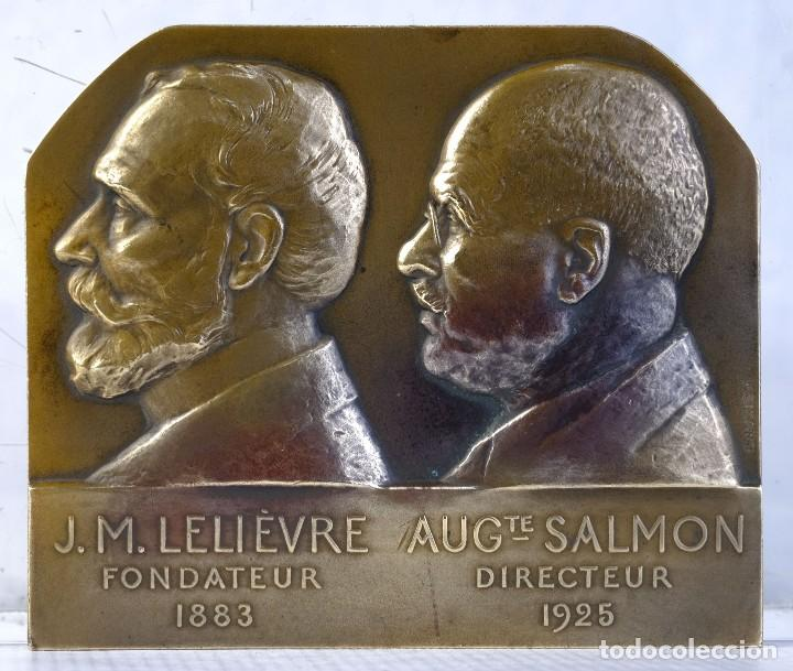 MEDALLA EN BRONCE J.M. LELIÈVRE FONDATEUR AUG SALMON DIRECTEUR 1883-1925 - 85 MM X 100 MM - MUY RARA (Numismática - Medallería - Histórica)