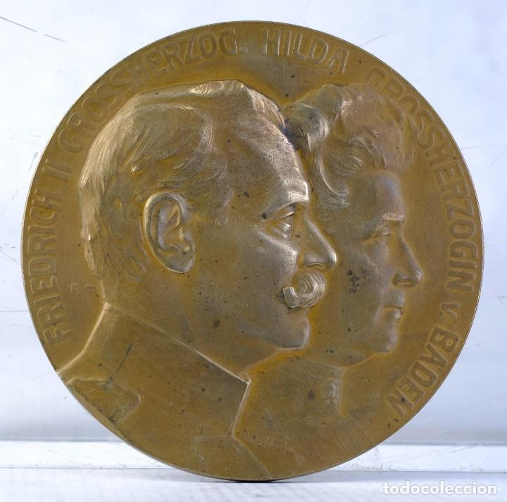 MEDALLA EN BRONCE FRIEDRICH II GROSSHERZOG. HILDA GROSSHERZOGIN V BADEN 1885 - 1910 - 79 MM (Numismática - Medallería - Histórica)