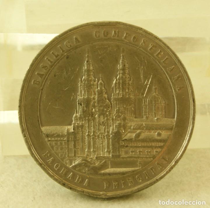 Medallas históricas: MEDALLA GALLEGA APARICION DE SANTIAGO APOSTOL EN LA BATALLA DE CLAVIJO (J.PAZ 904) CATEDRAL - Foto 3 - 194314166