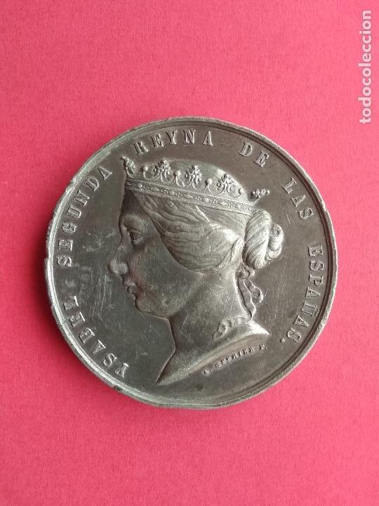 MEDALLA AÑO 1859 ISABEL SEGUNDA REINA ESPAÑA GUERRA DE AFRICA CONTRA MARRUECOS MASSONNET Y GERRIER (Numismática - Medallería - Histórica)