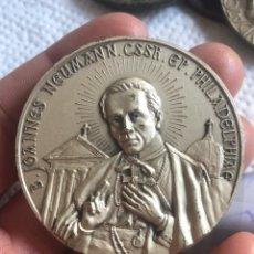Medallas históricas: BONITA MEDALLA PAPAL ANTIGUA. Lote 194935165