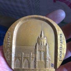 Medallas históricas: BONITA MEDALLA FRANCESA ANTIGUA POR CLASIFICAR. Lote 195414765