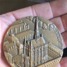 Medallas históricas: BONITA MEDALLA FRANCESA ANTIGUA POR CLASIFICAR. Lote 195416273