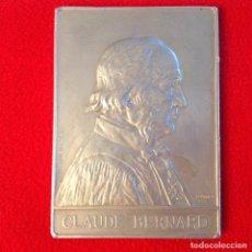 Medallas históricas: GRAN MEDALLA PLACA DE CLAUDE BERNARD, DE ALUMINIO DE 11X8 CMS. FIRMADA Y FECHADA A. BORREL 1913, . Lote 196094568