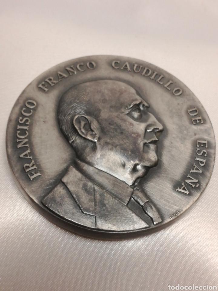 MEDALLA CONMEMORATIVA VISITA A MARTORELL 1966 (Numismática - Medallería - Histórica)