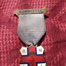 Medallas históricas: MEDALLA ESMALTADA MASONES. Lote 204688276