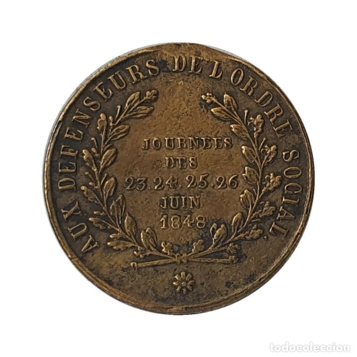 BONITO JETÓN FRANCIA. GENERAL FRANÇOIS NÉGRIER Y LOS 4 DÍAS DE JUNIO 1848. 23,5MM (Numismática - Medallería - Histórica)