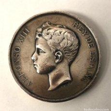 Medallas históricas: MEDALLA ALFONSO XIII REY DE ESPAÑA. EXPOSICION GENERAL DE BELLAS ARTES MADRID 1899. BM. Lote 210654569