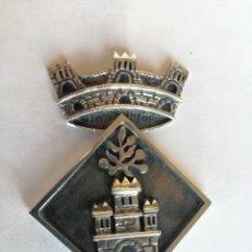 Medallas históricas: PREMIO OTORGADO POR EL AYUNTAMIENTI AYUNTAMIENTO DE SANTA OLIVA - ESCUDO DE PLATA 925. Lote 210791086