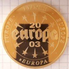 Medallas históricas: MEDALLA EUROPA CON BILLETE DE GRECIA. Lote 215838893
