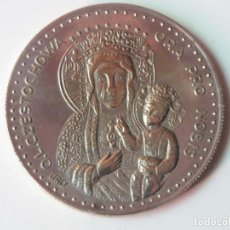 Medallas históricas: MEDALLA CONMEMORATIVA JUAN PABLO II Y VIRGEN DE CZESTOCHOWA. Lote 215962665