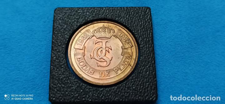 MEDALLA BODAS DE PLATA S.M. JUAN CARLOS I Y S.M. SOFIA 1962- 1987 REYES DE ESPAÑA (Numismática - Medallería - Histórica)