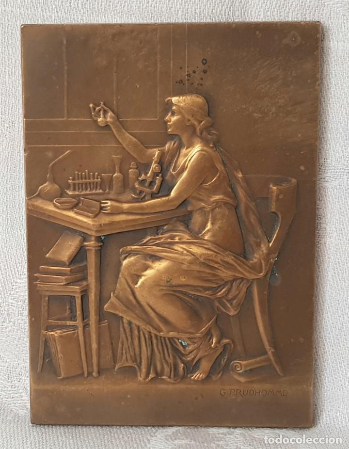 Medallas históricas: MADALLA PLACA DE BRONCE ANTIGUA LOUIS PASTEUR 1822 / 1895 FIRMADA G. PRUDHOMME 1910 - Foto 2 - 217284720