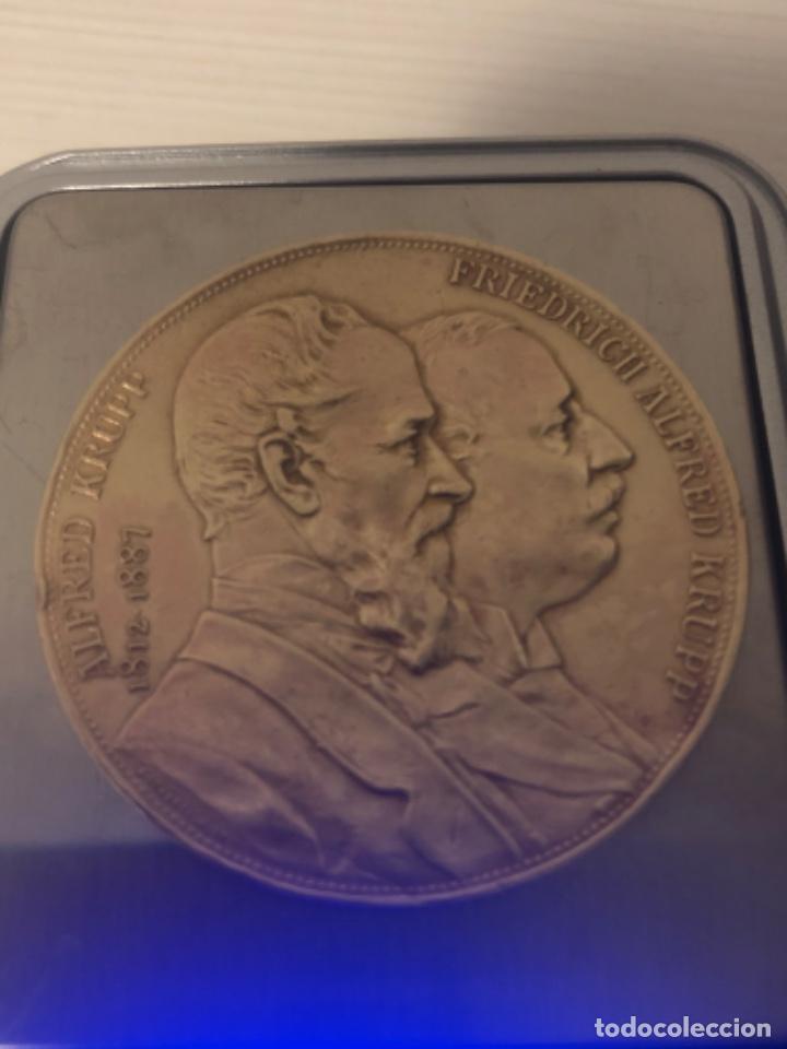 MEDALLA 1892 ALFRED KRUPP & FRIEDRICH ALFRED KRUPP BRONCE (Numismática - Medallería - Histórica)