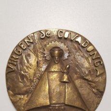 Medallas históricas: MEDALLA CENTENARIO DE CORONACIÓN DE LA VIRGEN DE COVADONGA, ASTURIAS, OVIEDO, GIJÓN, AVILÉS, MIERES. Lote 258058695