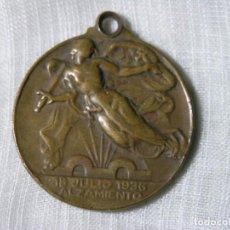 Medallas históricas: MEDALLA 18 JULIO 1936 ALZAMIENTO - 1 ABRIL 1939 VICTORIA - 1939 - D 3,5 CM. Lote 228072035