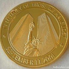 Medallas históricas: MONEDA ORO 11 DE SEPTIEMBRE DE 2001 911 TORRES GEMELAS, ESTATUA DE LA LIBERTAD MONEDA RECUERDO. Lote 236019350